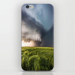Leoti's Masterpiece - Incredible Storm in Western Kansas iPhone Skin