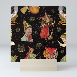 Vintage Halloween Party in Black Cat + Gold Celestial Mini Art Print