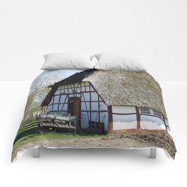 Farmhouse20150405 Comforters