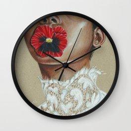 Love-in-idleness Wall Clock