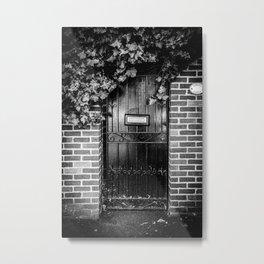 A door in London II | Black & White Photography | Street Photography | Travel Photography | Photo Print | Art Print Metal Print