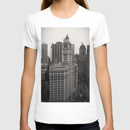 Wrigley Building Chicago Black and White Photo T-shirt