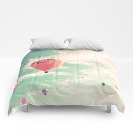 Pink nursery hot air balloons Comforters
