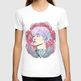 Roses for Jonghyun. T-shirt