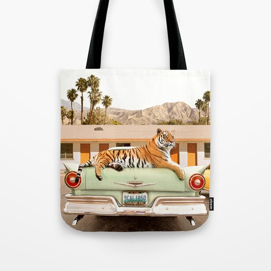 Tiger Motel Tote Bag By Paulfuentesphoto