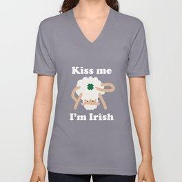 Kiss Me Im Irish Sheep Funny St Patricks Day Pun Unisex V-Neck