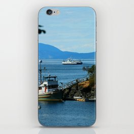 Harbour at Butchart´s Garden iPhone Skin