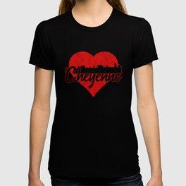 Retro Cheyenne Wyoming Skyline Heart T-shirt