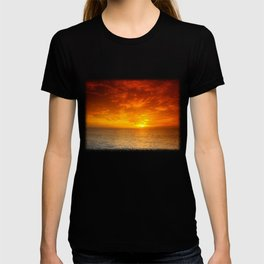 Days End On The Water T-shirt