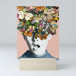 Twiggy Surprise Mini Art Print