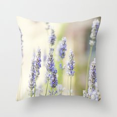 Lavanda. Throw Pillow