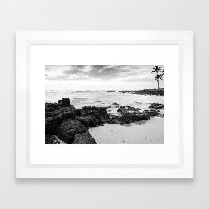 Dramatic coastline at Poipu beach in Kauai, Hawaii Framed Art Print