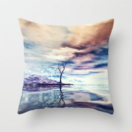 Winter am See Throw Pillow