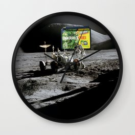 RoundUp Space Wall Clock