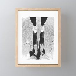 Couple black and white on the beach minimal Framed Mini Art Print