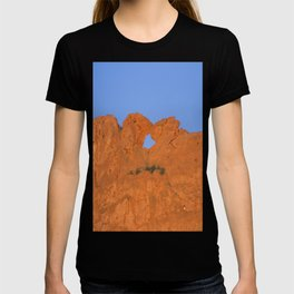 Kissing Camels Red Rocks T-shirt