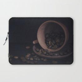 Scattered coffee beans Laptop Sleeve