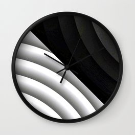 Modern CIRCULAR Black and White Design Wall Clock