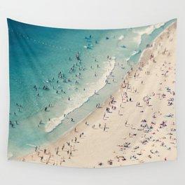 beach love V Wall Tapestry