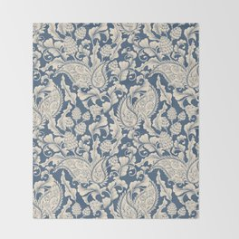 Vintage & Shabby Chic - William Morris Classic Blue Antique Floral Throw Blanket