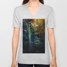 Mallyan Spout Waterfall Unisex V-Neck