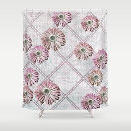 retro pink daisies Shower Curtain