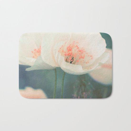 White poppies Bath Mat