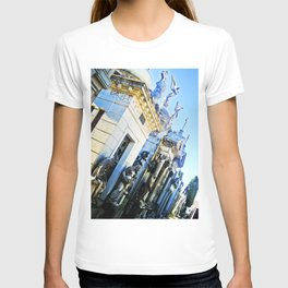 "Cemetery ""La Recoleta"". T-shirt"