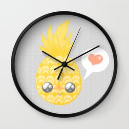 Un amour d'Ananas Wall Clock