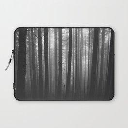 Into the Mist - BW Laptop Sleeve