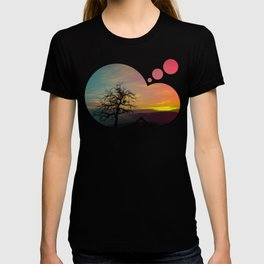 Old tree and colorful sundown panorama | landscape photography T-shirt