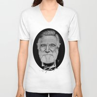 hayley williams V-neck T-shirts featuring Robin Williams by Svartrev