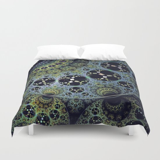 Miraculous patterns in circles Duvet Cover