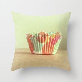 I Dream of Cupcakes Throw Pillow