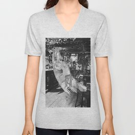 In Through the Out Door Led (Deluxe Edition) by Zeppelin Unisex V-Neck