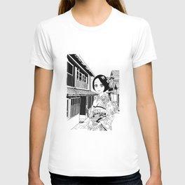 Kimono girl (manga style drawing) T-shirt