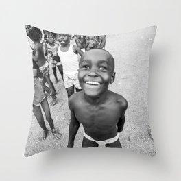 Niños Chocoanos Throw Pillow