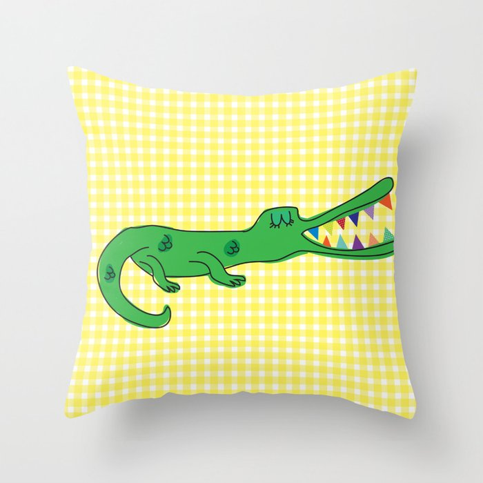 Cocó Throw Pillow