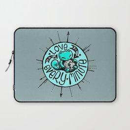 Skribbles: Love every minute (blue) Laptop Sleeve