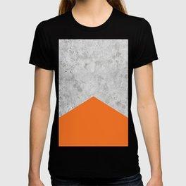 Geometric Concrete Arrow Design - Orange #118 T-shirt