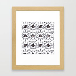 happy hallowen curves and pumkins pattern Framed Art Print