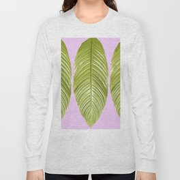 Three large green leaves on a pink background - vivid colors Long Sleeve T-shirt