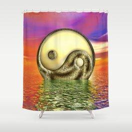 Ying Yang  Zeichen Shower Curtain