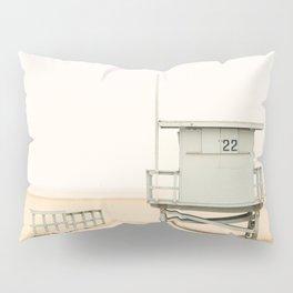 Vintage Tower 22 Pillow Sham