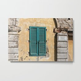 Old Italy Fassade with turquoise Window - Island Elba Metal Print