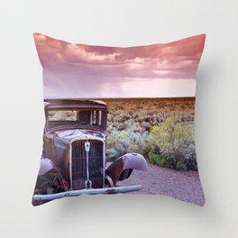 Painted desert, Arizona. Throw Pillow