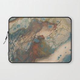 A sea's reflection Laptop Sleeve