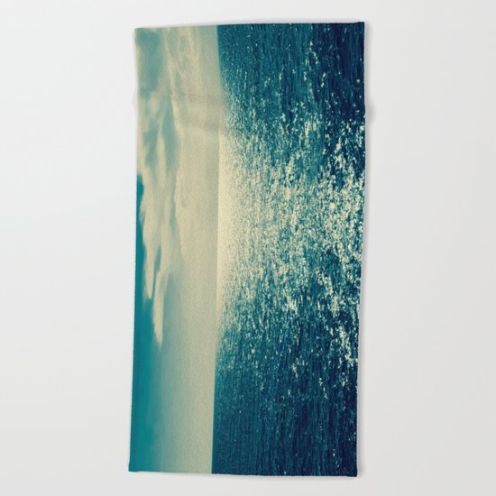 Sea horizon 2 Beach Towel