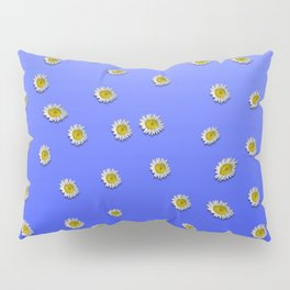 Scattered Daisies Pillow Sham
