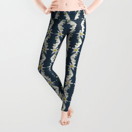 White Tiger with Orchid Grass Wreath Leggings